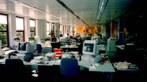 Image 3 - newsroom