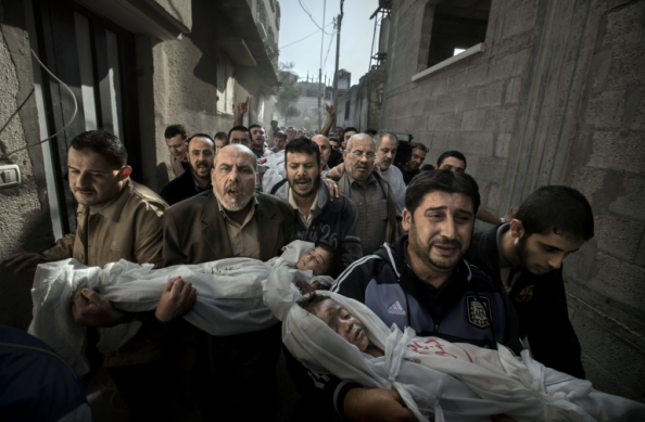 Gaza Burial photo by Paul Hansen. Winner of 2013 World Press Photo of the Year.